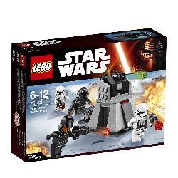 LEGO STARWARS-CONFIDENTIAL PACK COMBATE