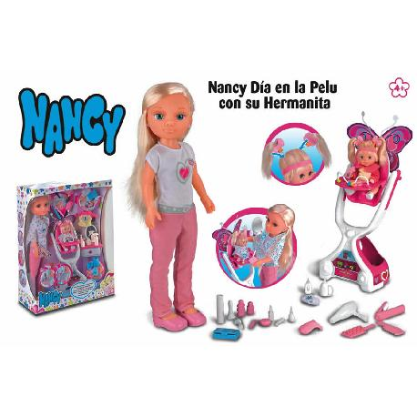 NANCY DIA PELU C/SU HERMANITA