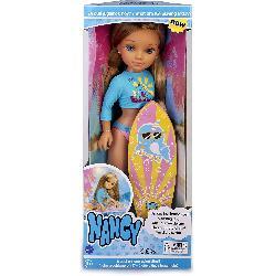 NANCY UN DIA HACIENDO SURF